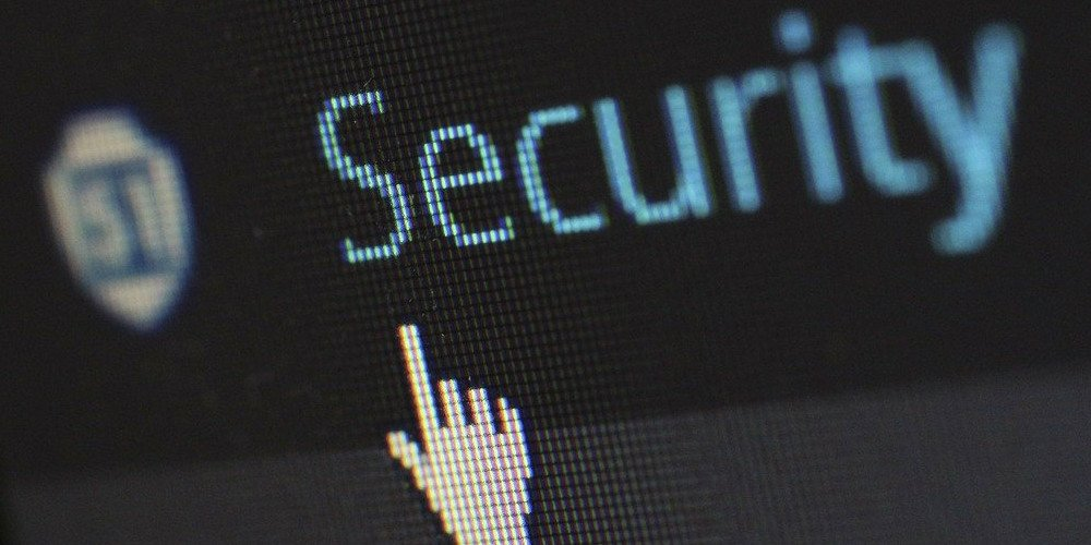 what to look for when choosing a web host security image